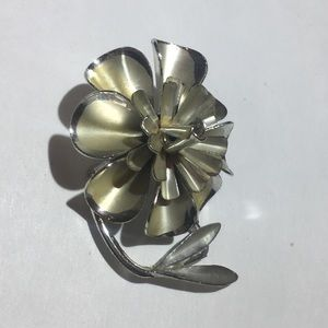 Vintage silver and gold flower brooch pin